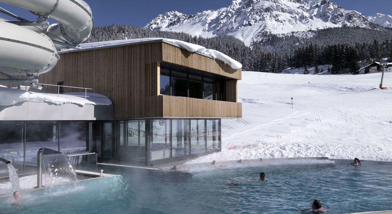 Indoor swimming pool incl.outdoor pool
