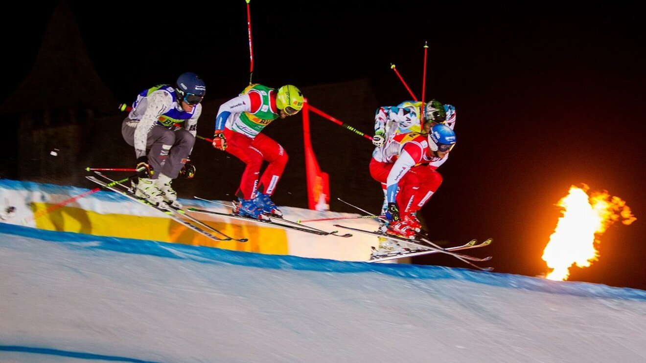 Viel Action am Audi FIS Ski Cross World Cup Arosa
