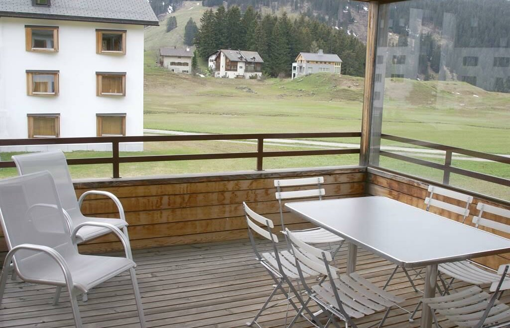 Balkon Klein Appartement : Modernes appartement mit balkon in uninÄhe in dresden südvorstadt